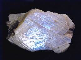 rough rainbow moonstone